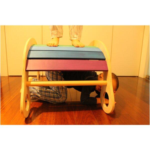 Balancín Waldorf en madera artesanal .ukitu juguetes