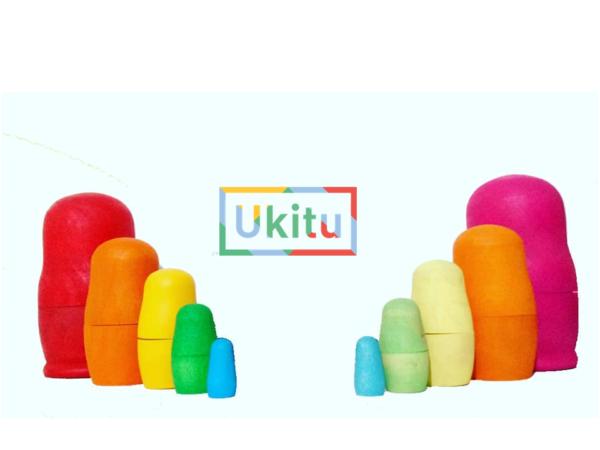 Matrioskas de madera artesanal colores clásico y pastel. Ukitu juguetes