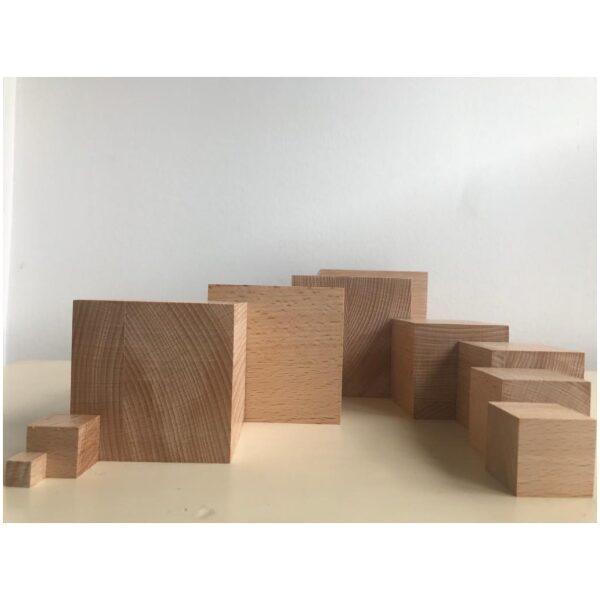 Torre Montessori madera de haya natural. Ukitu juguete