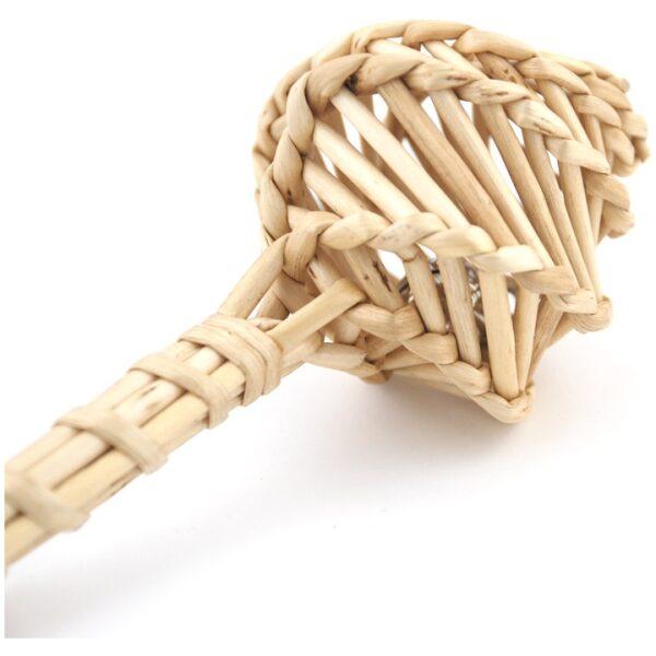 Sonajero natural realizado en mimbre 100% artesanal. Ukitu juguetes