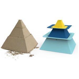 Moldes construcción pirámides. Para arena y nieve. Ukitu juguetes